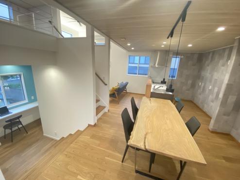 まるでスタジオのような空間。 お料理をするためだけのキッチンではなく、 ここにいると。 「心が整う」ような特別な場所に