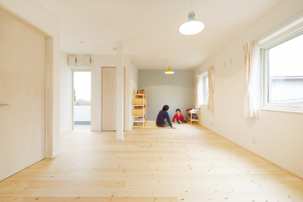 ORKS|ナチュラルな北欧モダンスタイルの家|子供室