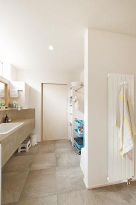 ORKS|ナチュラルな北欧モダンスタイルの家|洗面脱衣室