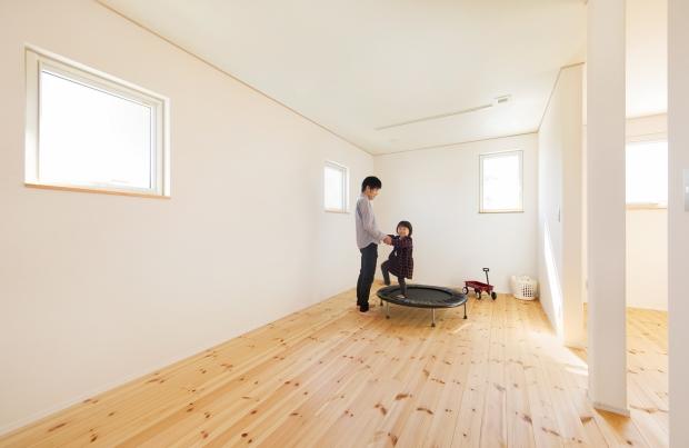 美・中川工務店│健康素材でいつでもさわやかなカフェのような空間│子供部屋