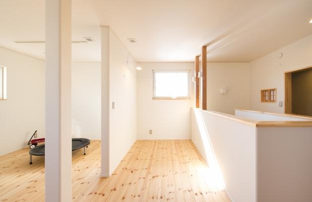 美・中川工務店│健康素材でいつでもさわやかなカフェのような空間│2階ホール