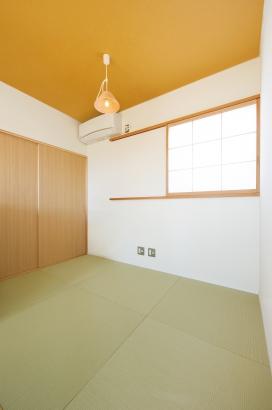 美・中川工務店│健康素材でいつでもさわやかなカフェのような空間│畳コーナー