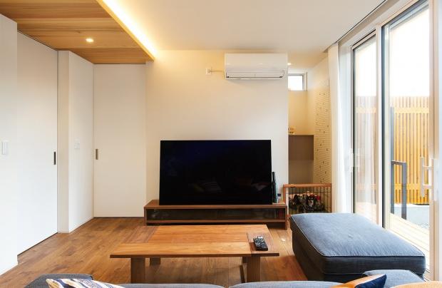 櫻井建設│ZEH対応のデザイナーズ住宅│リビング