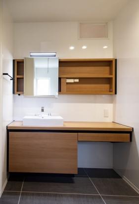 洗面脱衣室、お風呂