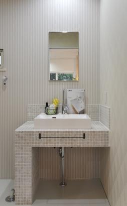 BIRTH HOME│カフェ暮らしの家│洗面室