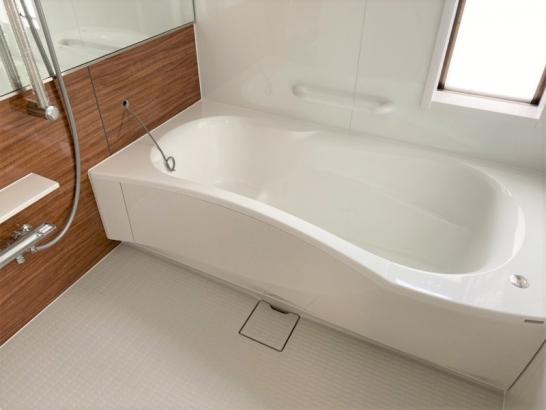 収納力を高めたオシャレな家 浴室